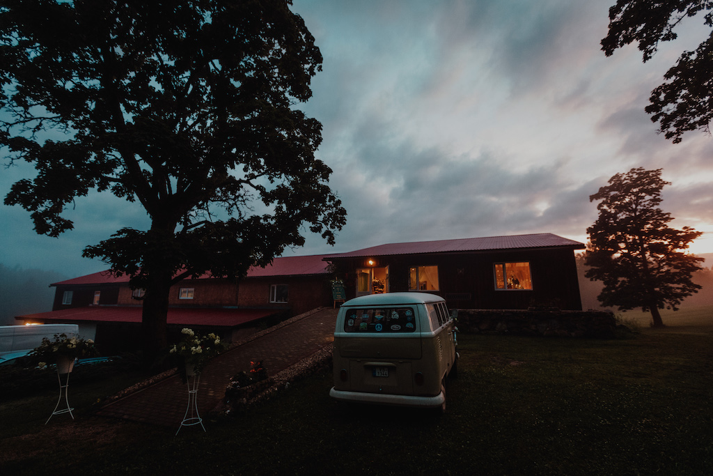 Viesu nams un kāzu svinību vieta Vidzemē